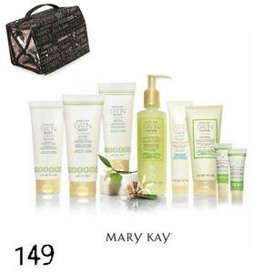 Mary Kay Everyday Escape Bundle